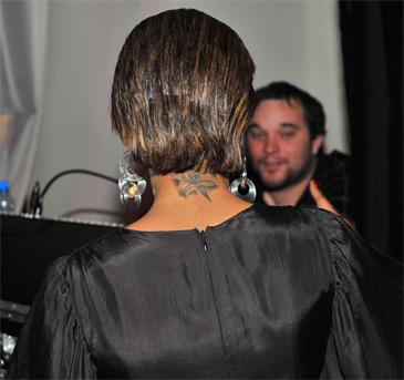 Nowy tatuaż Kazadi! (FOTO)