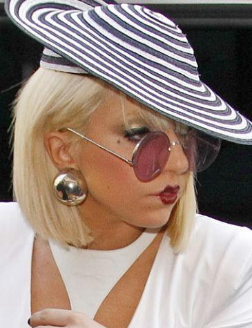 Lady GaGa prześcignęła Rihannę!