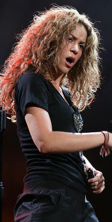 Shakira lubi seks grupowy?!